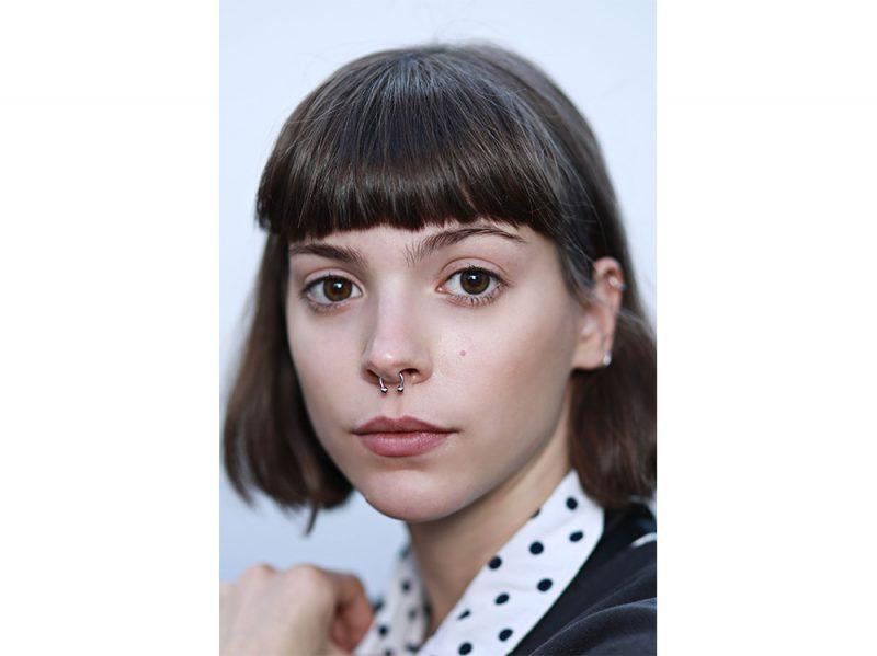 tendenze capelli riga primavera estate 2018 CAPELLI SENZA RIGA (11)