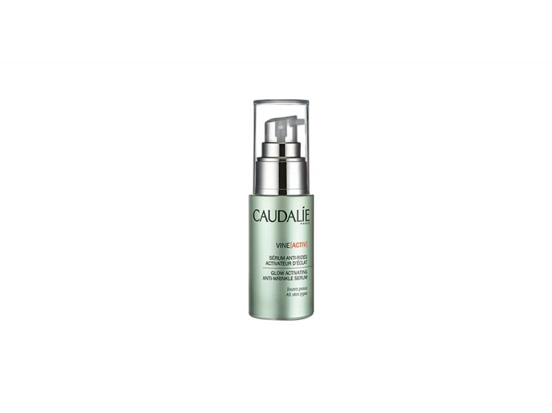 vitamina-c-larma-segreta-per-una-pelle-luminosa-e-compatta-CAUDALIE VINEACTIV GLOWING ACTIVATING ANTI-WRINKLE SERUM2