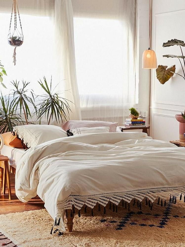 Come arredare la camera da letto in base al segno - Scorpione e capricorno a letto ...