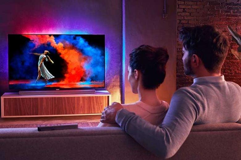 L'eleganza dei nuovi smart-tv Philips: ultrasottili ma di grande formato