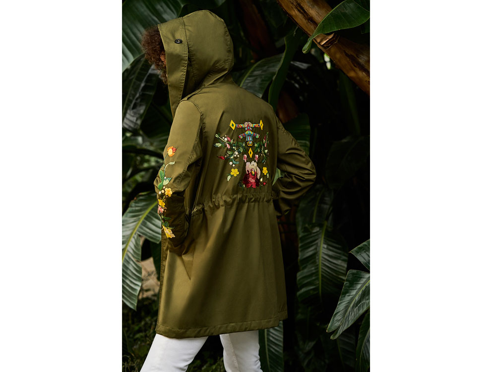 Woolrich-Embrodery-Parka-(1)