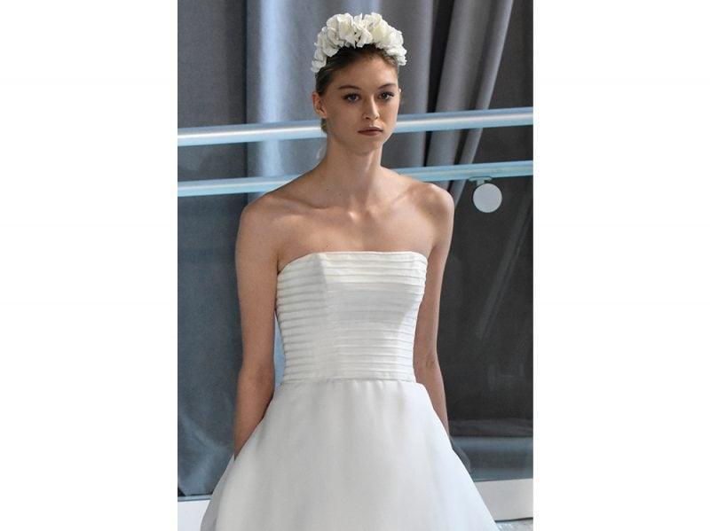 acconciature sposa capelli con accessori 2018 (11) 32d1545775f2