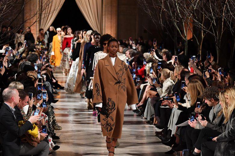 Cappotti e giacche invernali: i trend per il prossimo autunno-inverno dalle sfilate