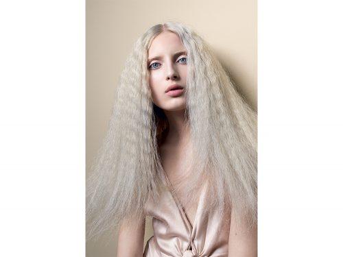 colore capelli saloni primavera estate 2018 biondi Schwarzkopf Professional 49d2271ad2da