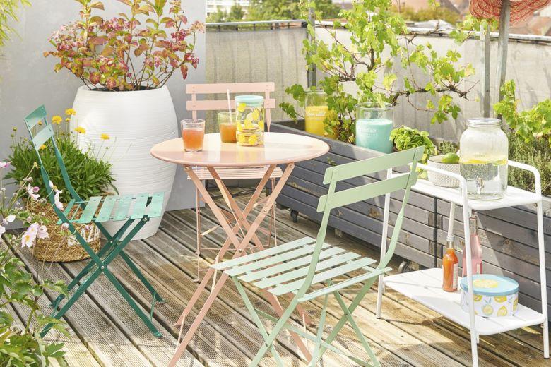 Come arredare il balcone per la primavera (senza spendere una fortuna)