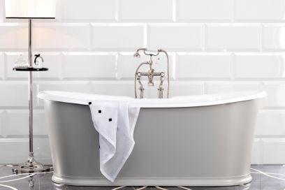 10 idee d'arredo semplici ed economiche che vi cambieranno la vita in bagno