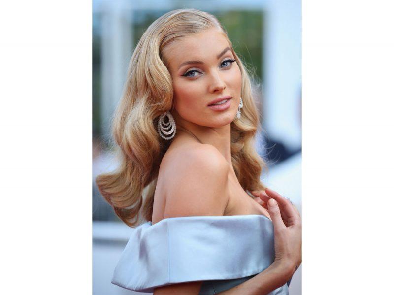 elsa-hosk-victoria-s-secret-modella-capelli-trucco-beauty-look-03