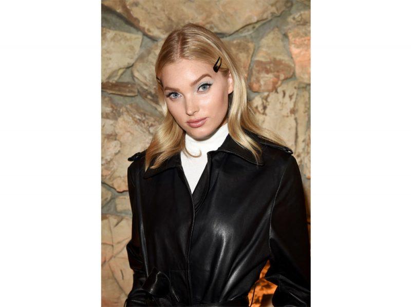 elsa-hosk-victoria-s-secret-modella-capelli-trucco-
