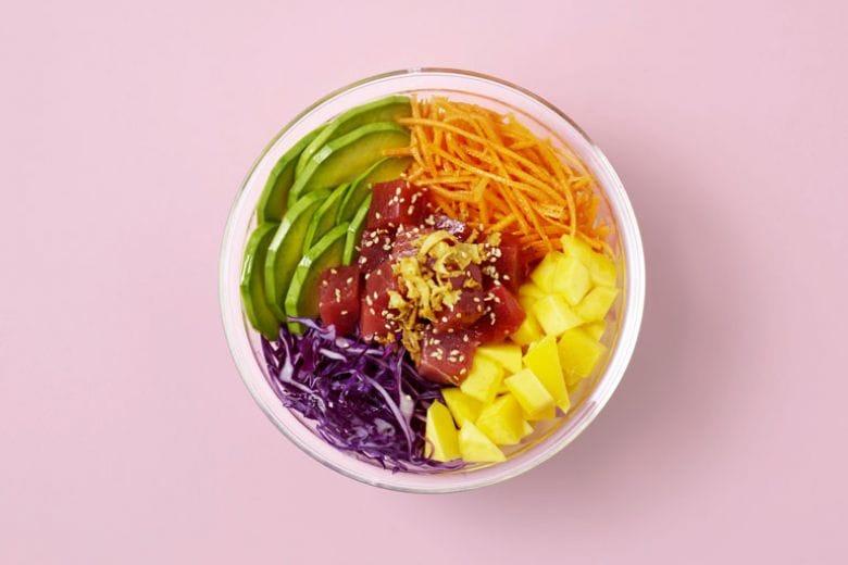 Il sushi è sorpassato, ora si mangia la pokè bowl
