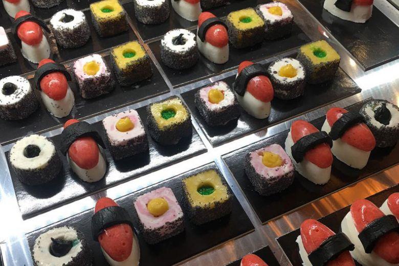 La nuova mania food a New York? Il gelato a forma di sushi