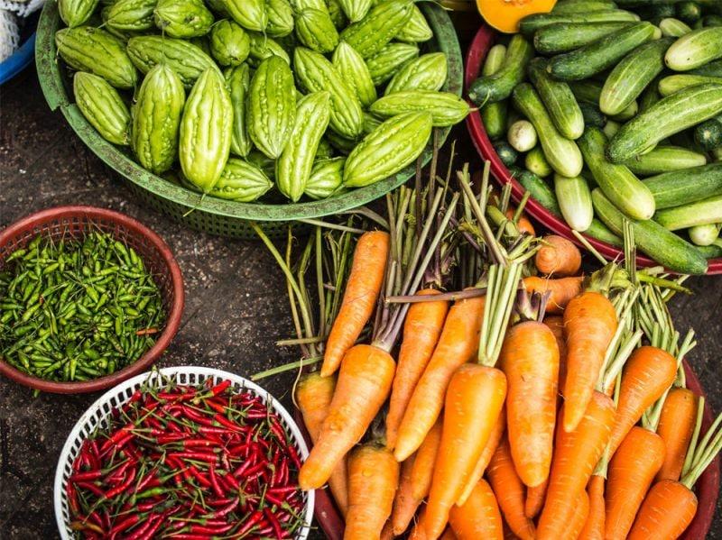 remise-en-forme-01-mangiare-frutta-e-verdura