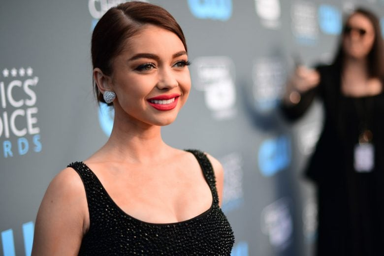 Sarah Hyland: i beauty look della star di Modern Family