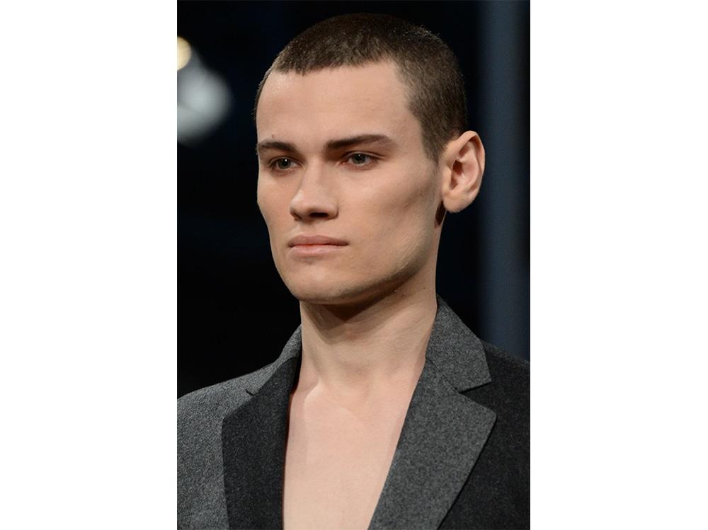 tagli capelli cortissimi uomo (6)