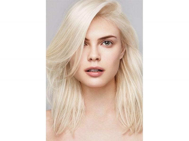 tagli capelli medi saloni primavera estate 2018 aveda Aveda Full Spectrum Demi+ Visual 6