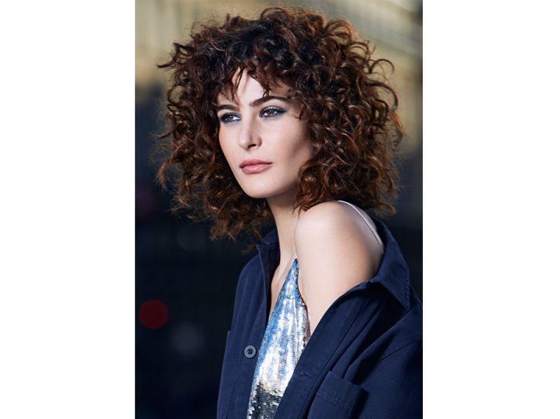 Tagli corti per capelli ricci estate 2019
