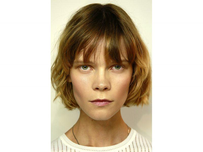 tendenze capelli con la frangia leggera primavera estate 2018 (3)