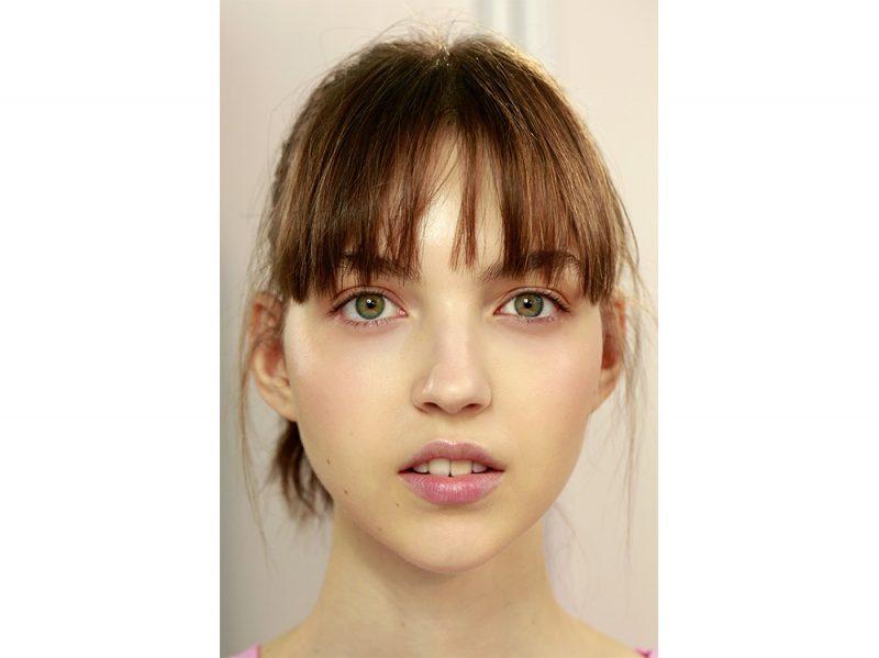 tendenze capelli con la frangia leggera primavera estate 2018 (4)