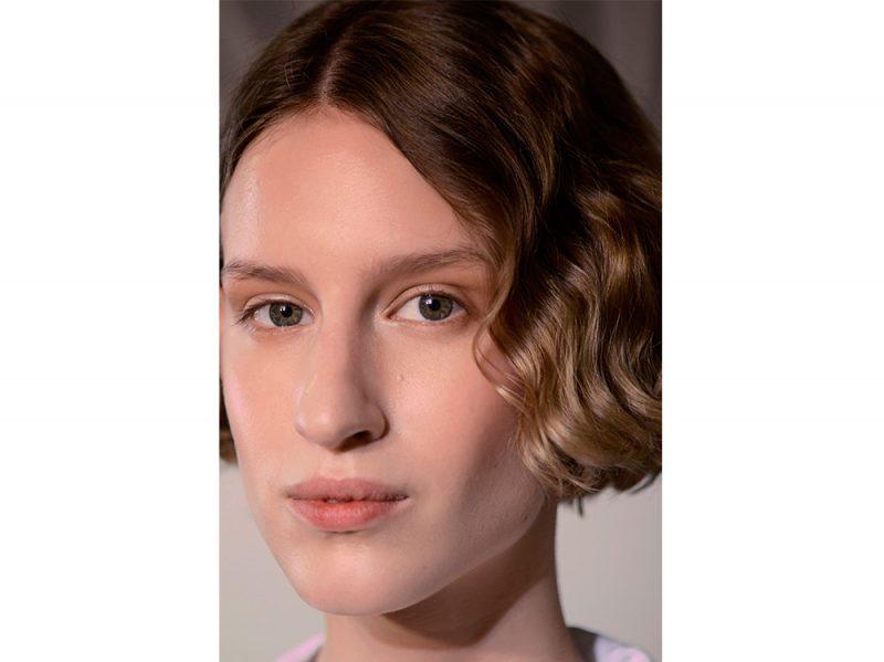 tendenze capelli mossi corti primavera estate 2018 (4)