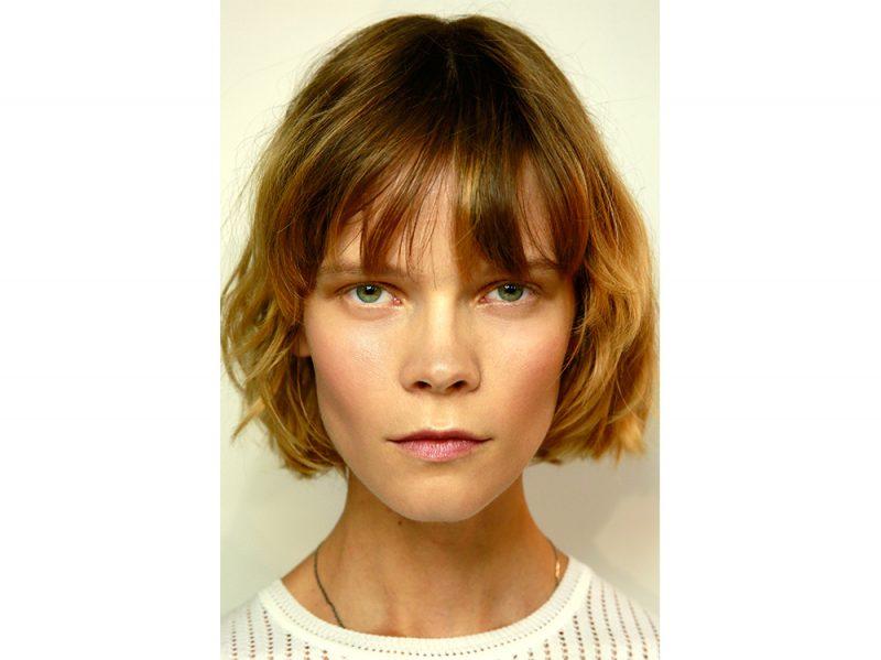 tendenze capelli mossi corti primavera estate 2018 (6)