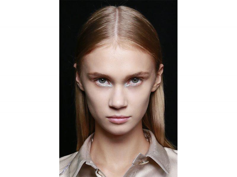 tendenze colore capelli primavera estate 2018 HIGHLIGHTS COLPI DI SOLE(6)