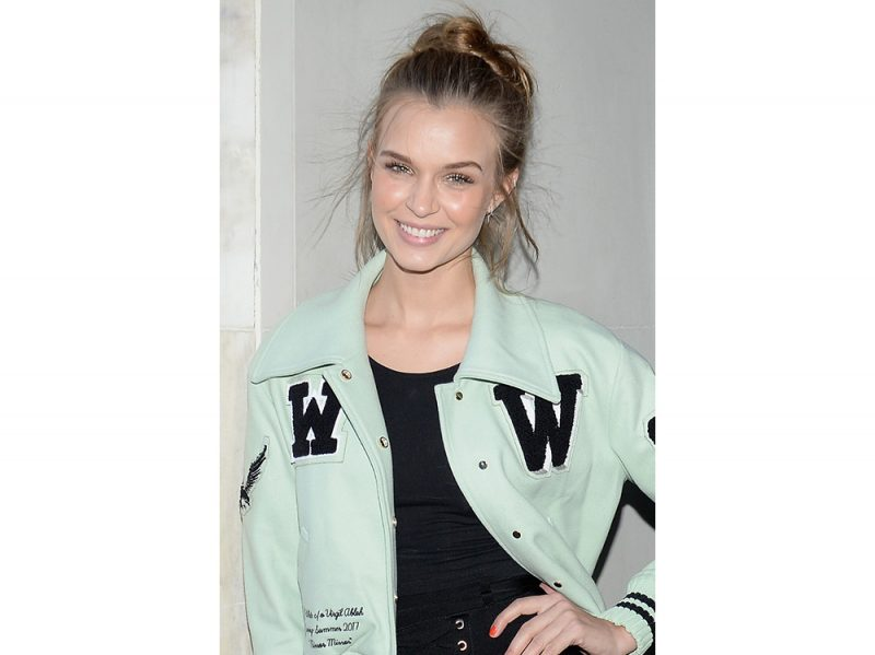 Josephine Skriver beauty look (6)