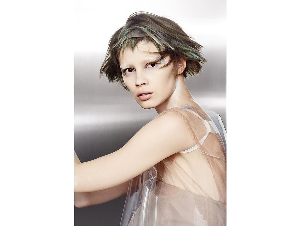 capelli grigi corti tagli GOLDWELL (1)