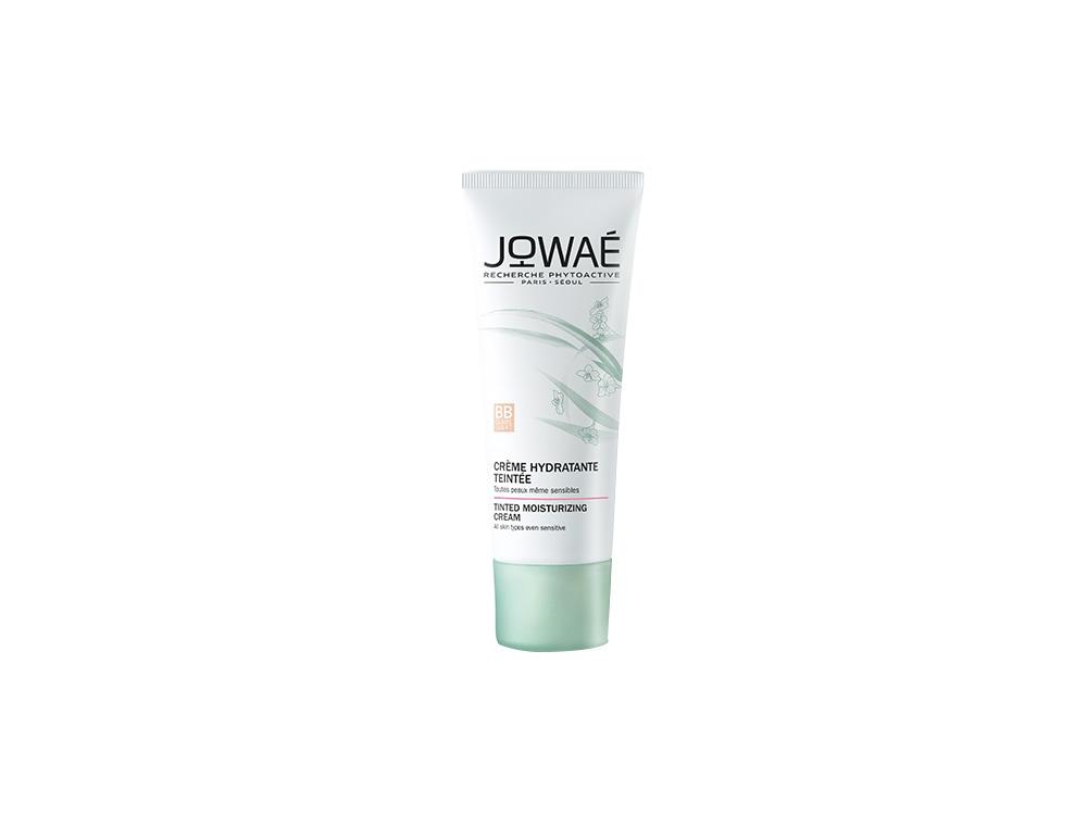 creme-viso-colorate-lalternativa-leggera-al-fondotinta-per-essere-impeccabile-JOWAE_Creme_hydratante_teintee_BB_claire_30ml_-_tube_–_fond_blanc (1)