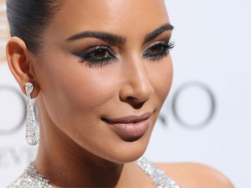mascara-preferito-kim-kardashian-l-oreal-01