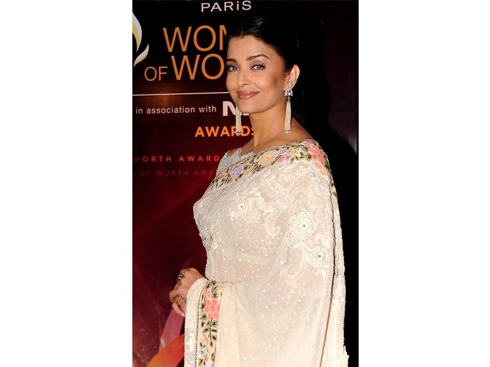 Aishwarya-Rai-Bachchan-beauty-look-04