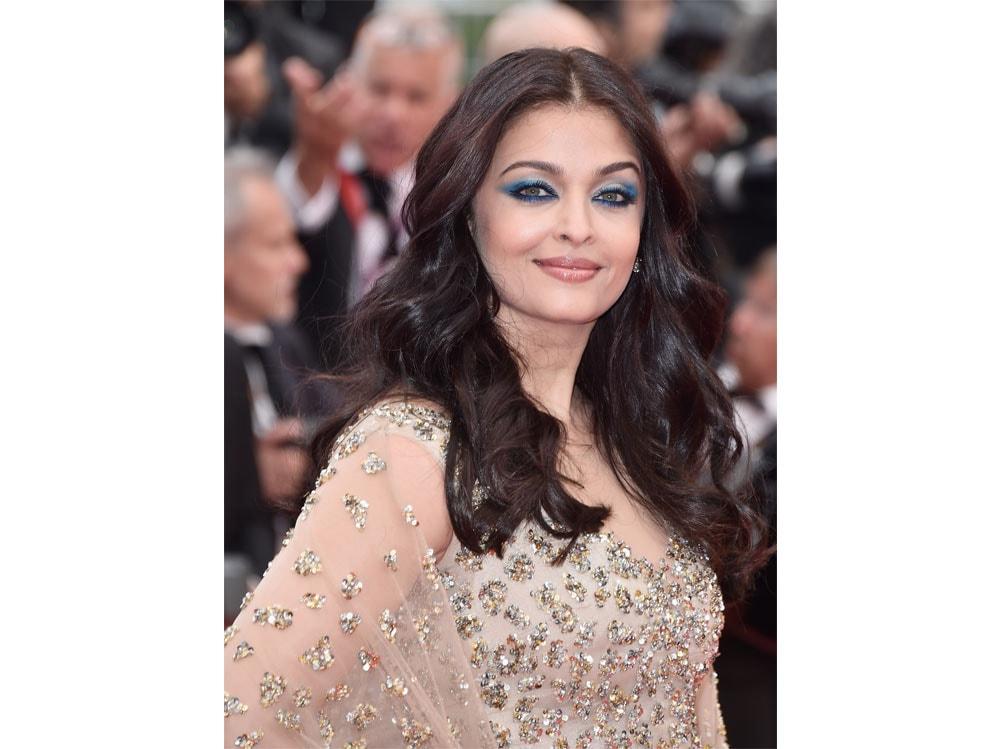 Aishwarya-Rai-Bachchan-beauty-look-05