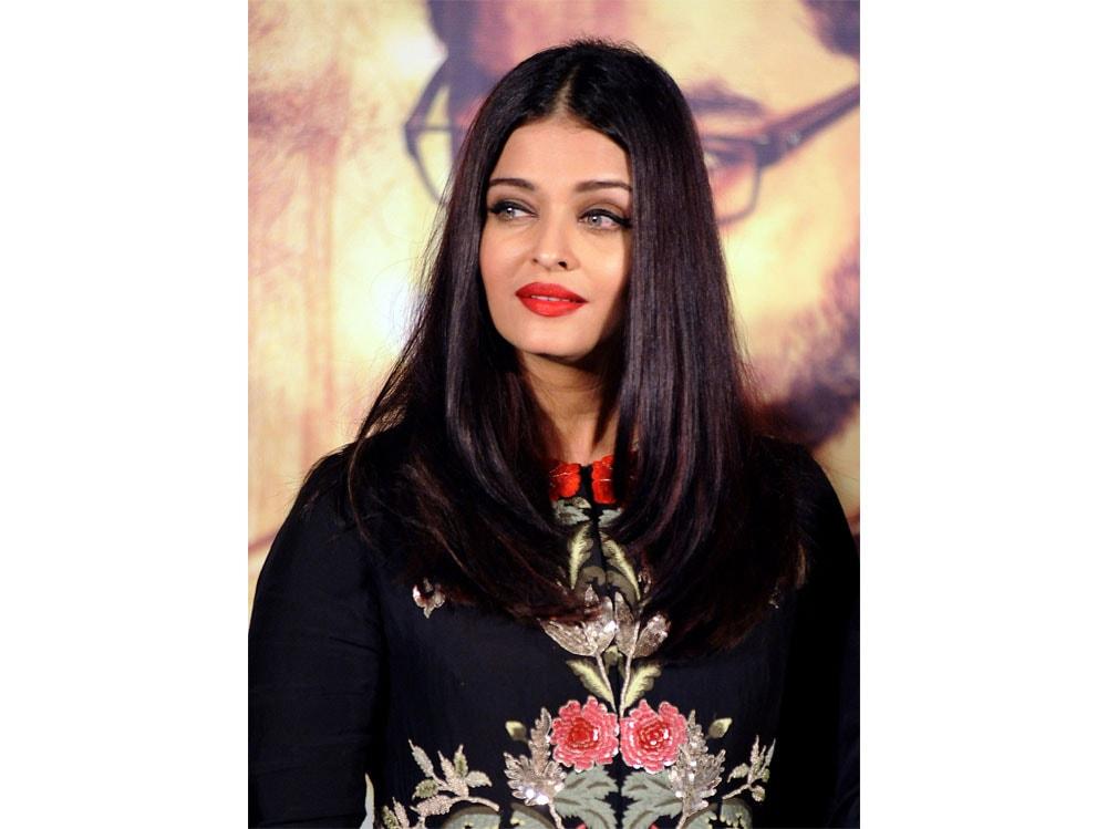 Aishwarya-Rai-Bachchan-beauty-look-11