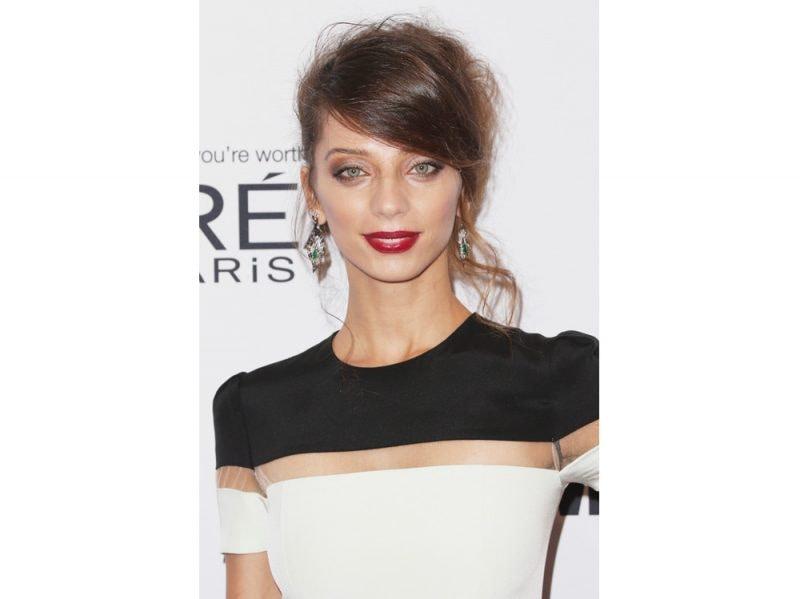 Angela Sarafyan beauty look (5)