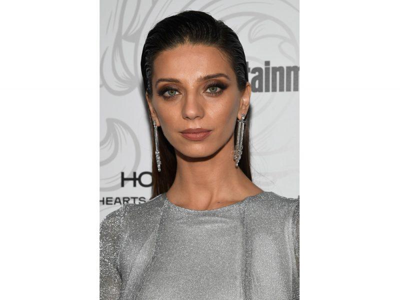 Angela Sarafyan beauty look (7)