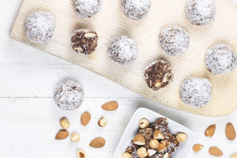 Dolci senza zucchero: le praline di frutta secca di Marco Bianchi