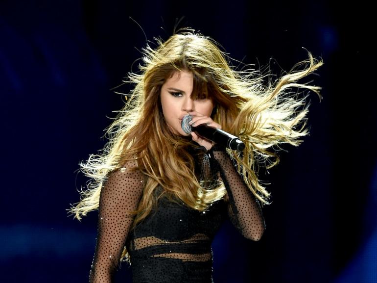 Selena Gomez carriera successi amori curiosita dieta sport album film (14)