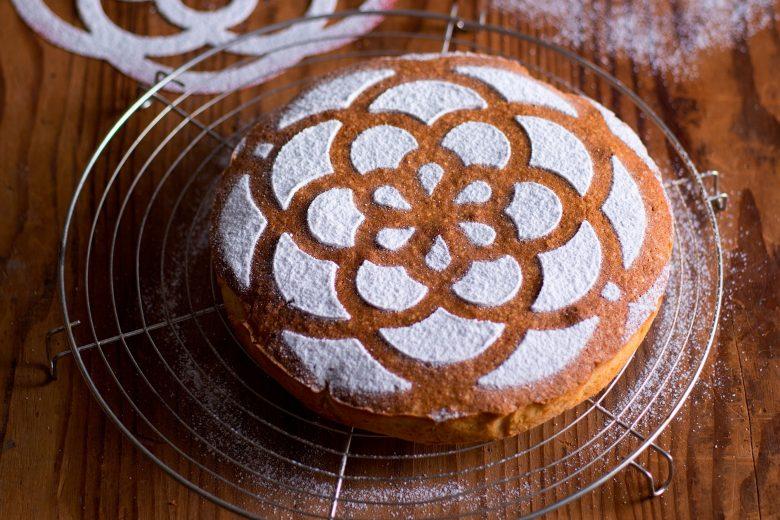 Torta greca mantovana