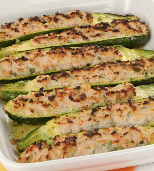 Zucchine ripiene di tonno al forno