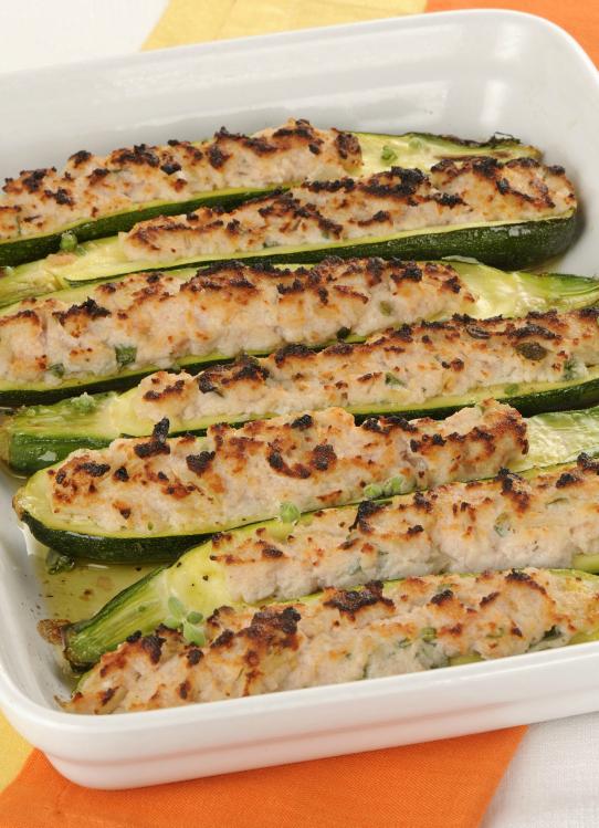 Ricetta Zucchine Ripiene Con Tonno.Zucchine Ripiene Di Tonno Al Forno