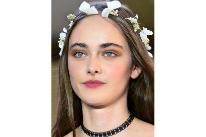 capelli-gli-accessori-estivi-per-impreziosire-la-chioma-Agnes-B_clp_W_S18_PA_089_2798404