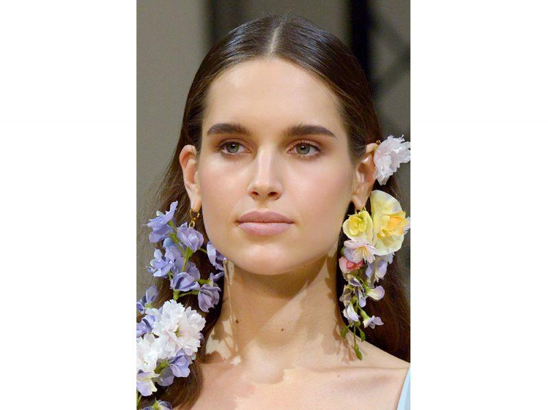 capelli-gli-accessori-estivi-per-impreziosire-la-chioma-Alexis-Mabille_clp_W_S18_PA_065_2797949