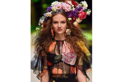 capelli-gli-accessori-estivi-per-impreziosire-la-chioma-Dolce-n-Gabbana_clp_W_S17_MI_056_2492252