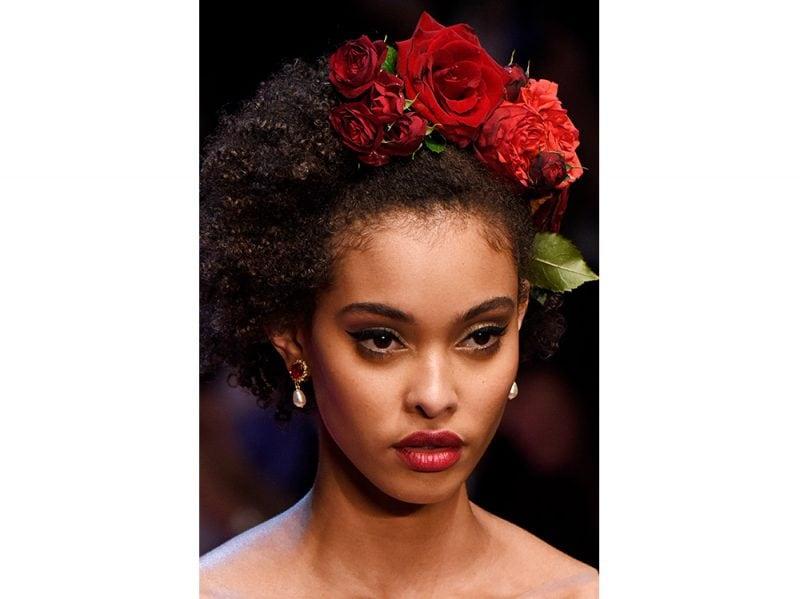 capelli-gli-accessori-estivi-per-impreziosire-la-chioma-Dolce-n-Gabbana_clp_W_S18_MI_333_2795390