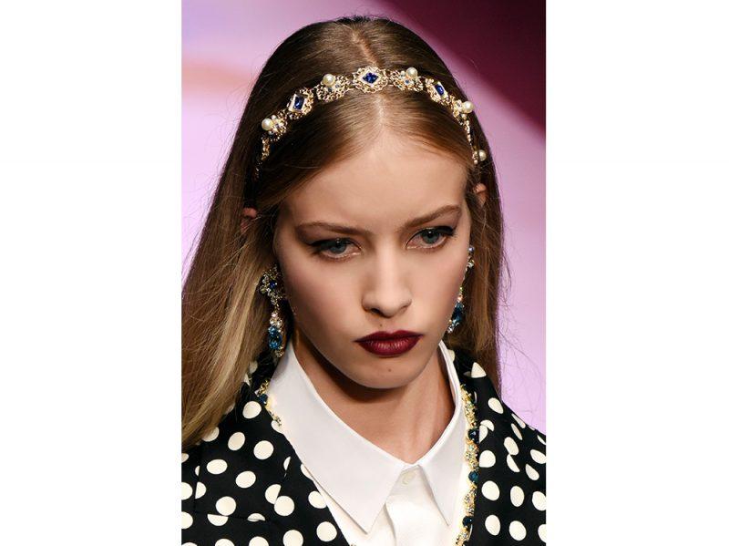 capelli-gli-accessori-estivi-per-impreziosire-la-chioma-Dolce-n-Gabbana_clp_W_S18_MI_363_2795420