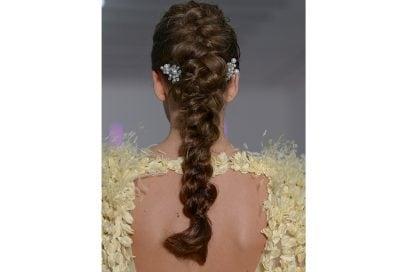 capelli-gli-accessori-estivi-per-impreziosire-la-chioma-Georges-Chakra_clp_HC_S18_PA_017_2843442