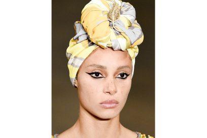 capelli-gli-accessori-estivi-per-impreziosire-la-chioma-Marc-Jacobs_clp_W_S18_NY_118_2798163