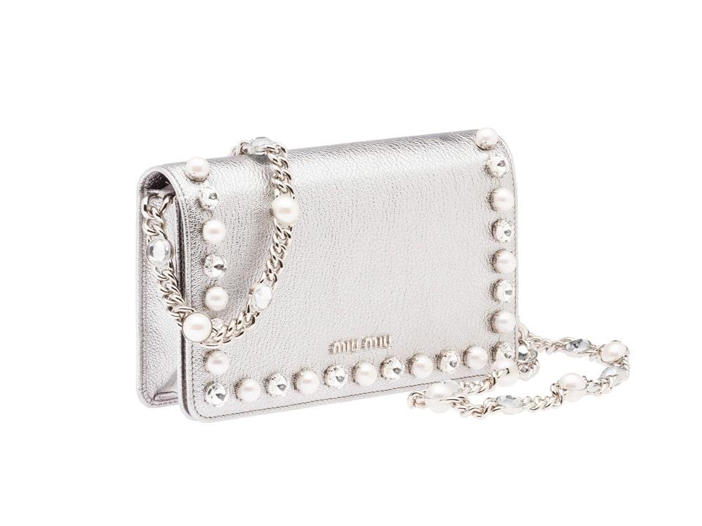 clutch-miu-miu-argento-perle