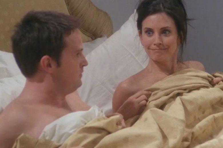 12 cose che gli uomini fanno a letto (e che le donne odiano)
