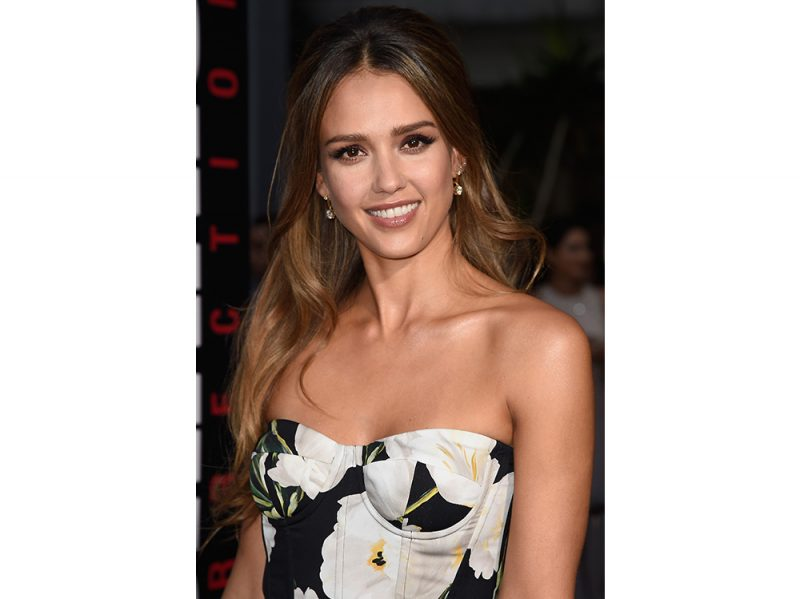 jessica alba beauty look capelli make up (12)