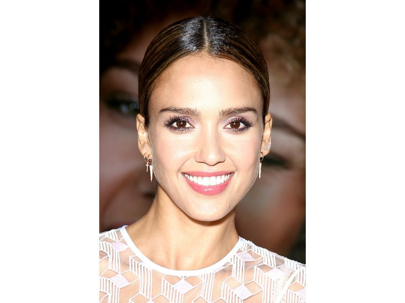 jessica alba beauty look capelli make up (2)