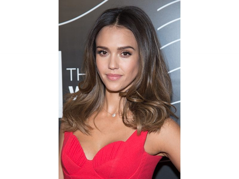 jessica alba beauty look capelli make up (9)